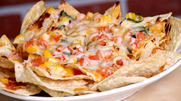 how-to-make-nachos-in-oven-04.jpg